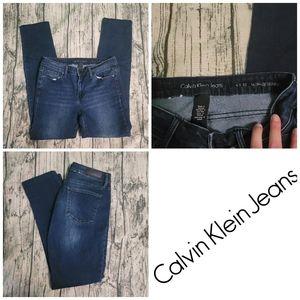 Calvin Klein Jeans Ultimate Skinny Jeans 6x32